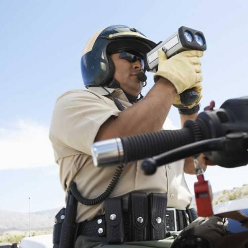 """El conductor """"invisible"""" ante los radares se libra de la cárcel"""