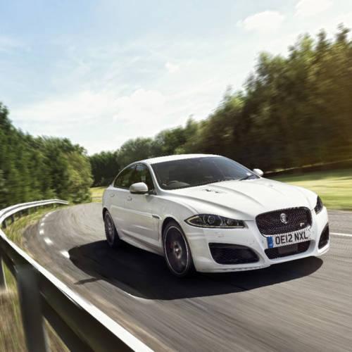 Jaguar F-Pace, XE y XF, mejoras y tres motores nuevos