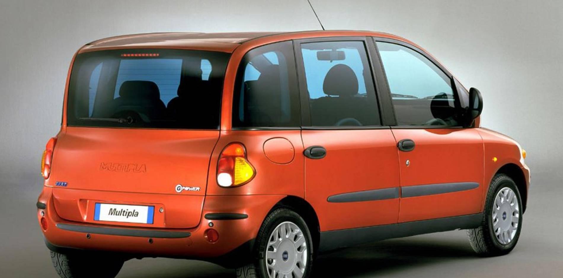 ¿Son estos los 10 coches más feos de los años 90?