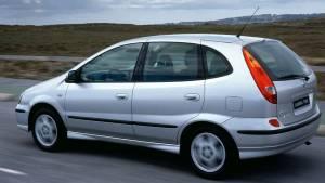Los 10 coches más feos de los años 90, en imágenes