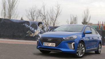 Hyundai IONIQ Hybrid (tres cuartos delantero)