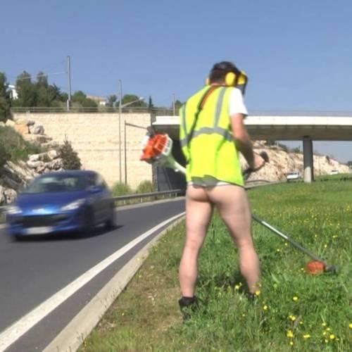 Las bromas de Rémi Gaillard llegan a la carretera, ¡que se preparen los conductores!