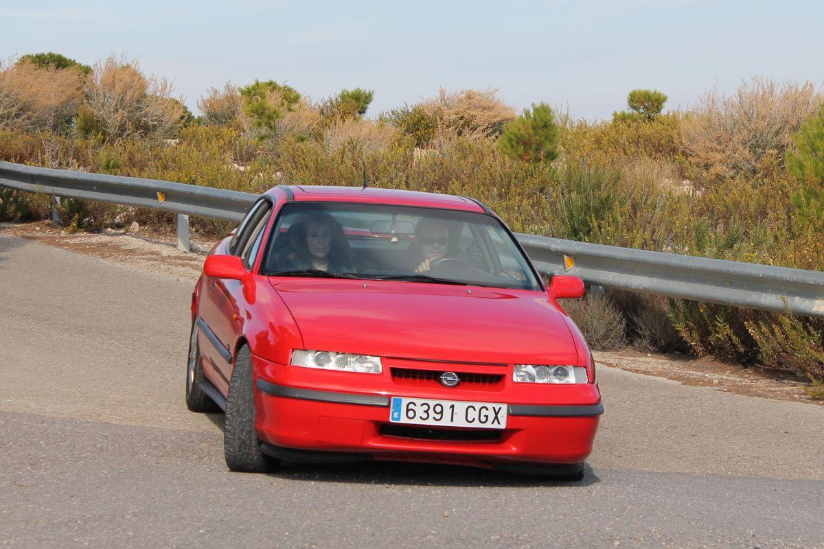 Opel Calibra Turbo: historia, modelos y prueba (fotos)