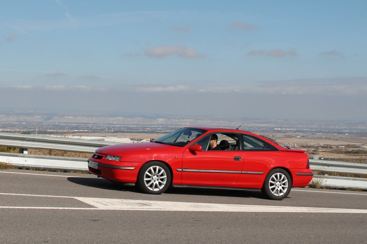 opel calibra turbo historia modelos  prueba cosas de coches