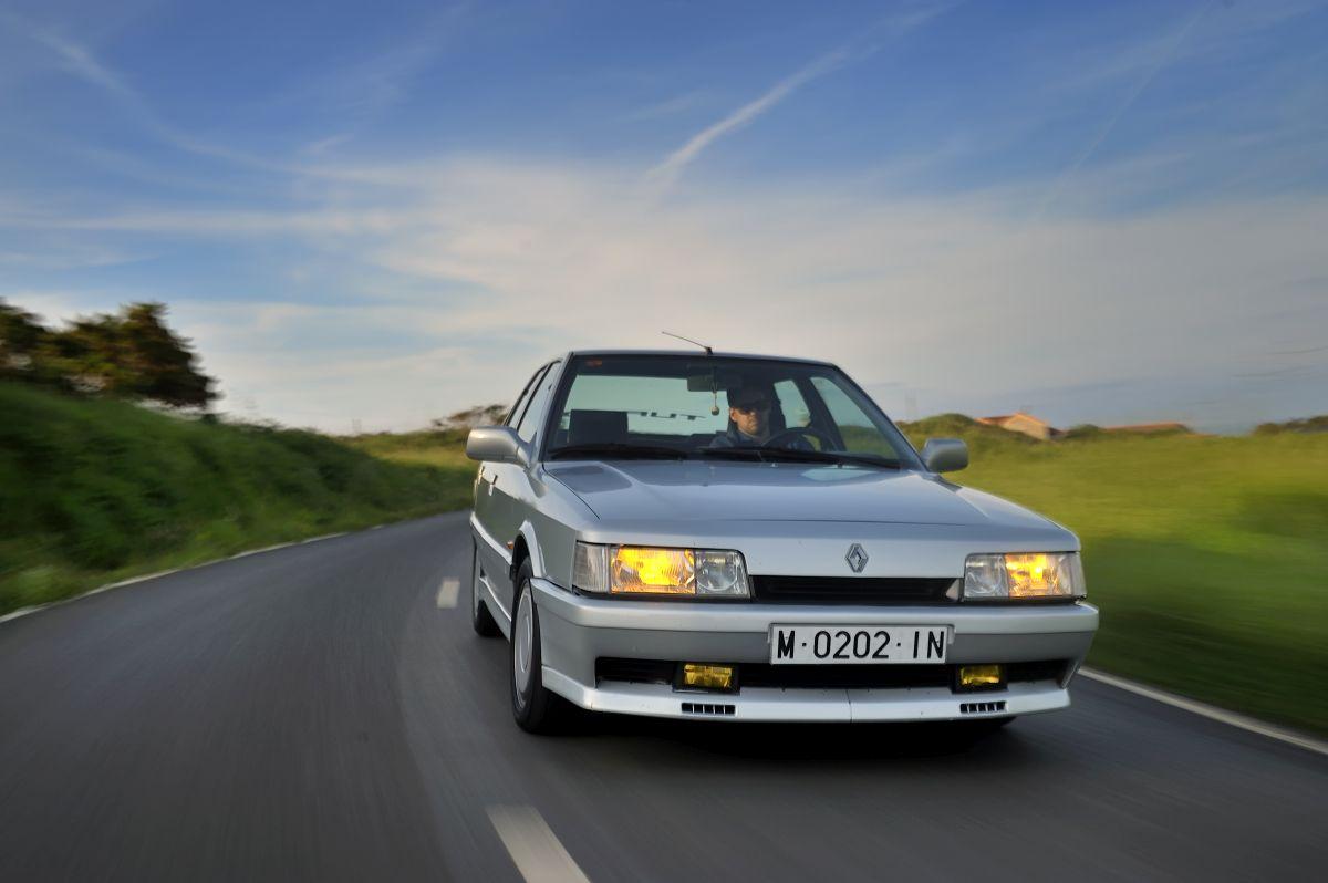 Renault 21 Turbo: historia, modelo y prueba (fotos)