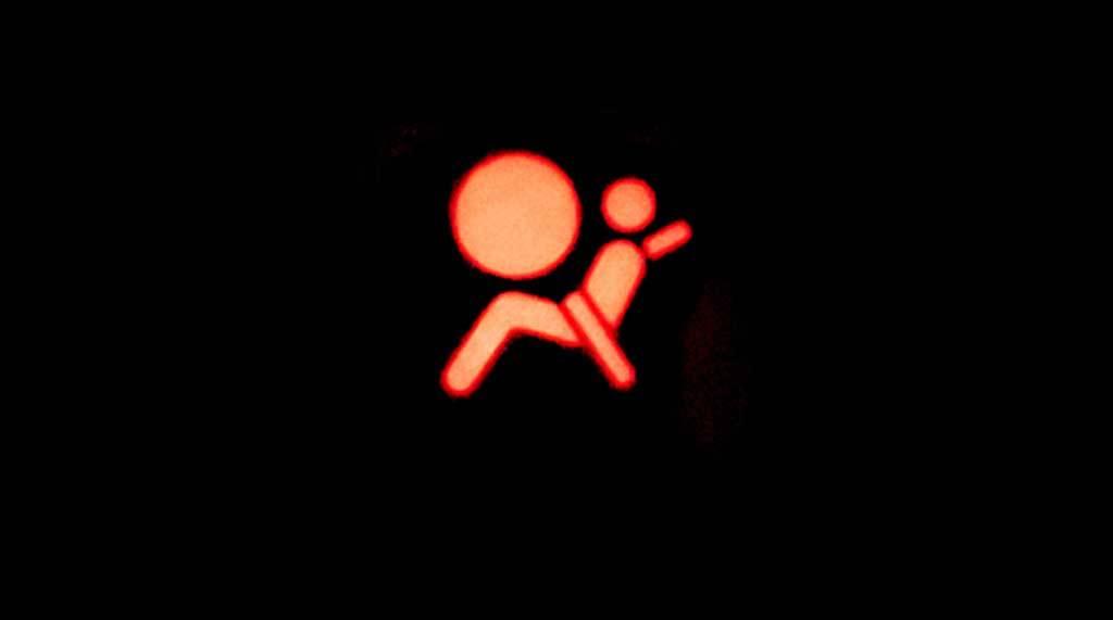 Testigos luminosos del coche y su significado