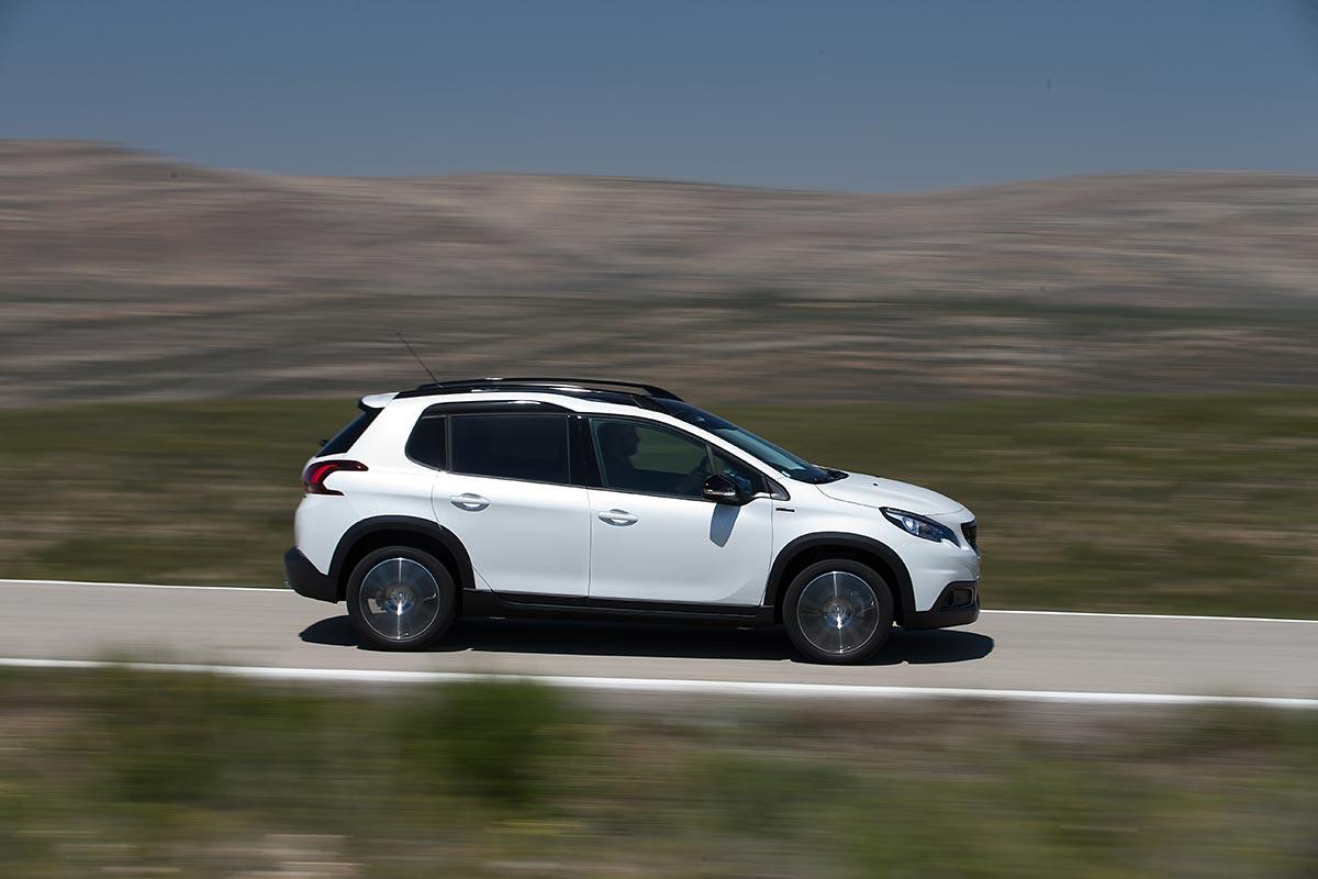 Peugeot 2008 2017: pros y contras (fotos)