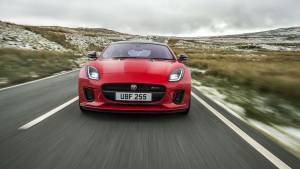 Jaguar F-Type 2018, ahora con motor de cuatro cilindros y 300 CV (fotos)