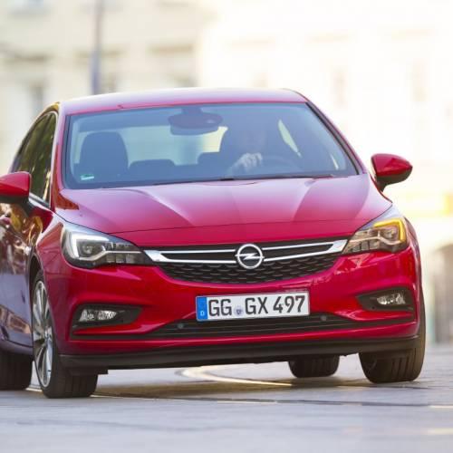 Opel Astra 2017: así es el compacto de Opel