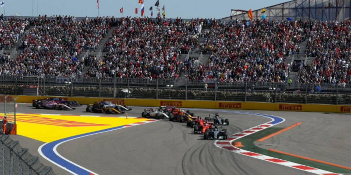 Bottas celebra su primera victoria en la Fórmula 1 en el Gran Premio de Rusia