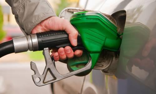 La gasolina vuelve a precios máximos