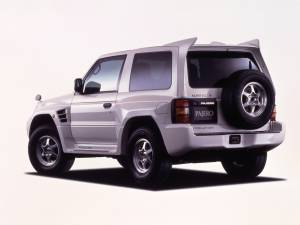 Mitsubishi Montero Evolution (V55W) 1997–99 2