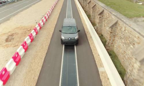 El nuevo proyecto de Renault te permitirá cargar el coche eléctrico en marcha