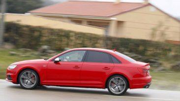 Audi S4 3.0 TFSI 354 CV