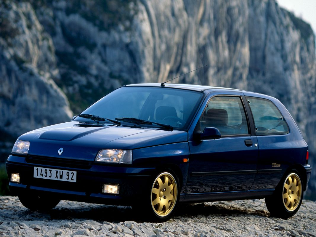Coches clásicos de los 90 en los que invertir: Renault Clio Williams tres cuartos delantero
