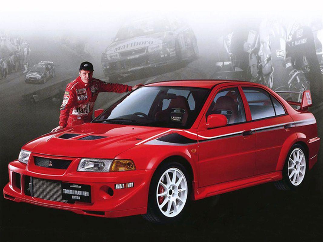 Coches clásicos de los 90 en los que invertir: Mitsubishi Lancer Evo Vi Tommi Mäkinen con el piloto