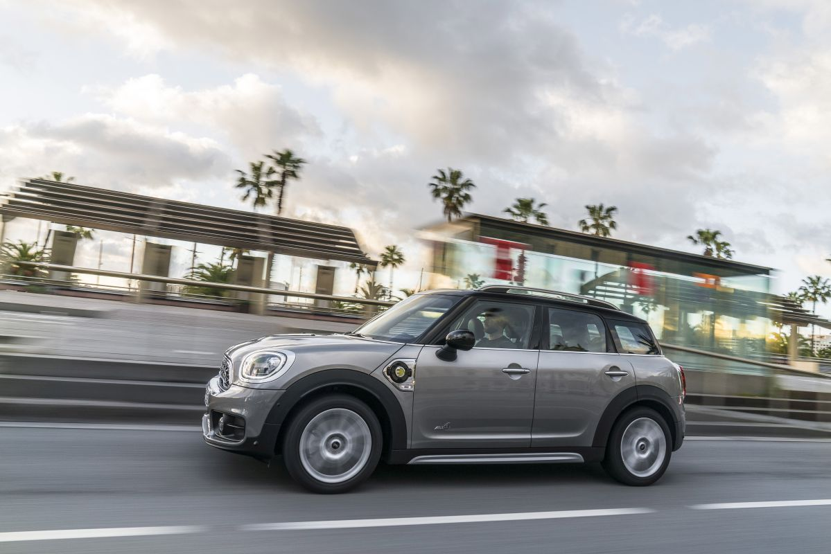 MINI Countryman Cooper S E ALL4 barrido