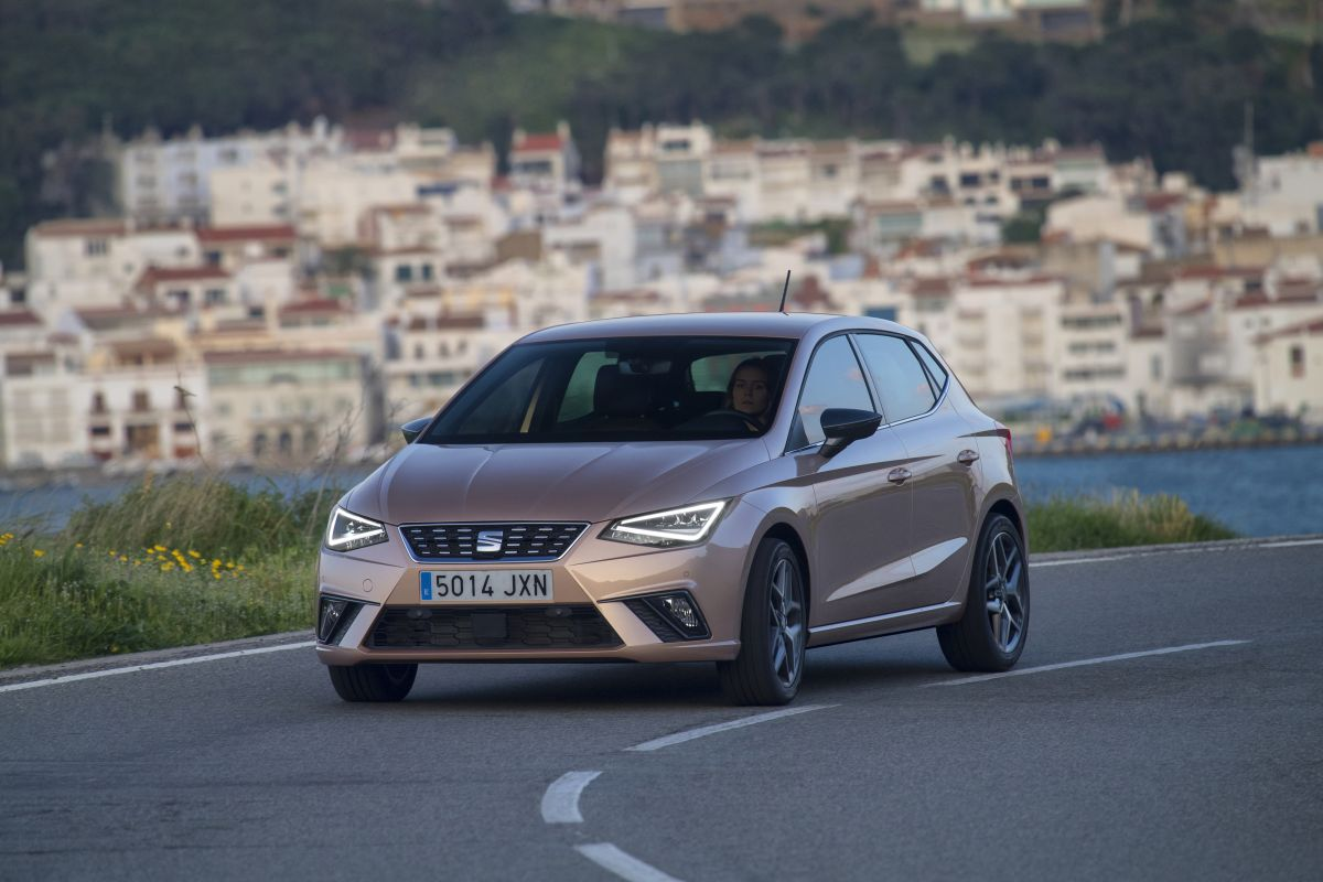 seat ibiza 1 0 tsi 95 cv y 1 5 tsi 150 cv primera prueba cosas de coches. Black Bedroom Furniture Sets. Home Design Ideas