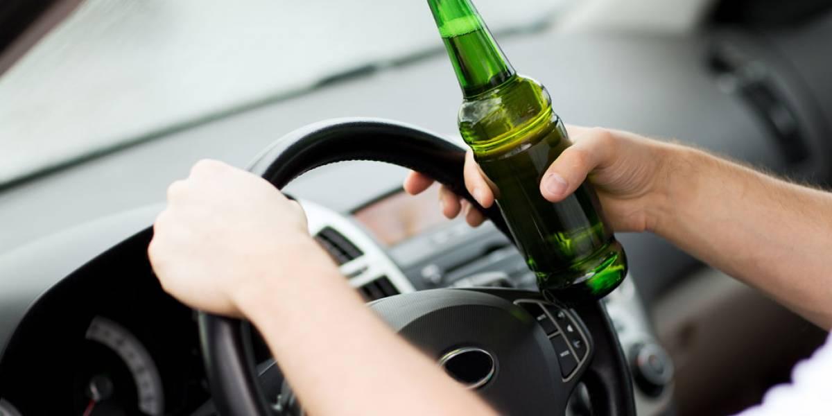 Detienen a un conductor borracho denunciado por su propio coche