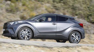 Toyota C-HR Hybrid lateral