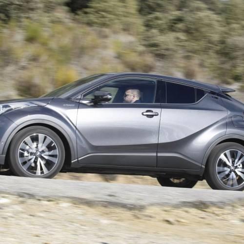 Toyota C-HR Hybrid, a prueba: robo de miradas