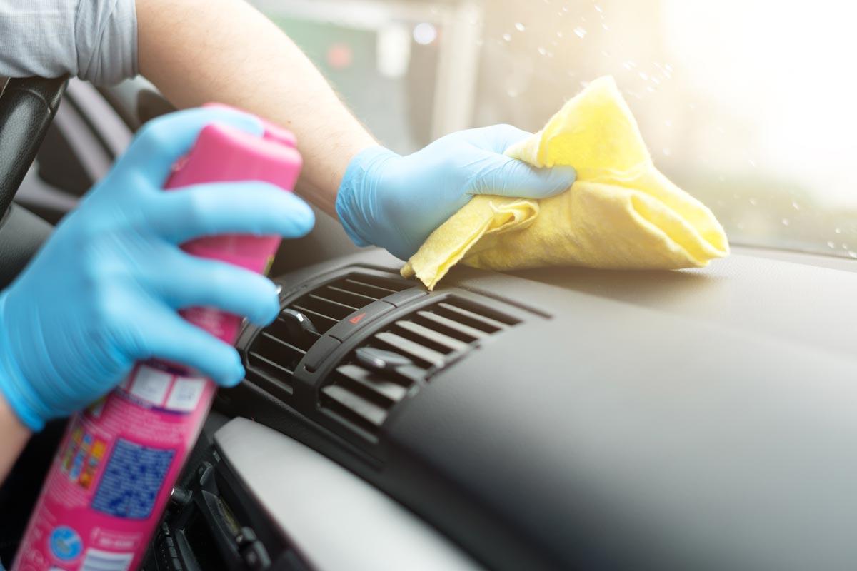 C mo eliminar los malos olores del coche cosas de coches - Como eliminar los malos olores ...