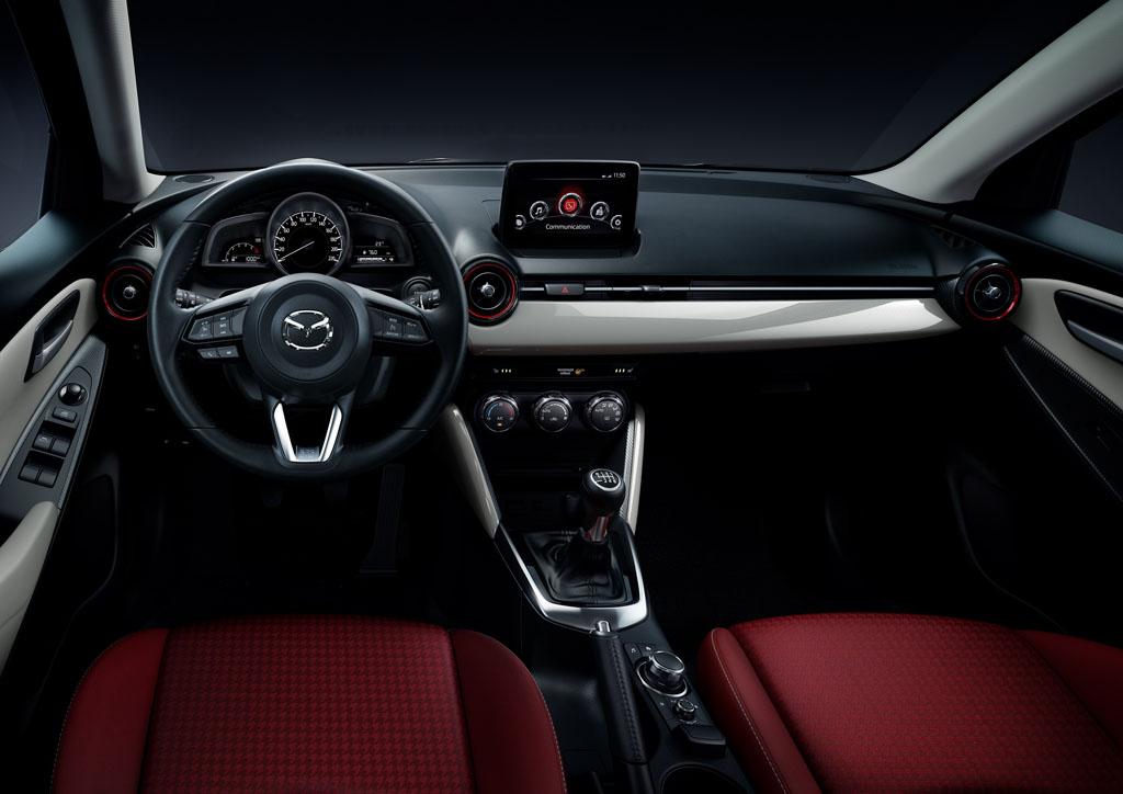 Mazda2 2017 Sport Red Edition, maquillaje deportivo ...