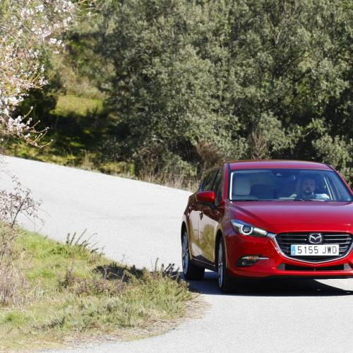 Mazda3 2.0 Skyactiv-G 120 CV, a prueba: éxito a contracorriente