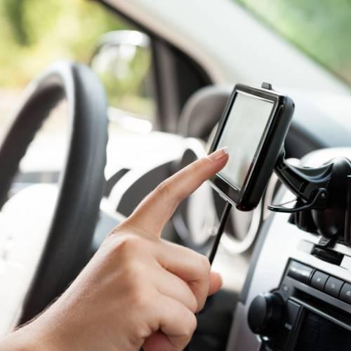 Usar el navegador en el coche, 'malo para tu salud'