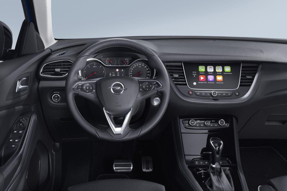 Opel grandland x 2017 informaci n y precios cosas de coches for Interieur opel grandland x
