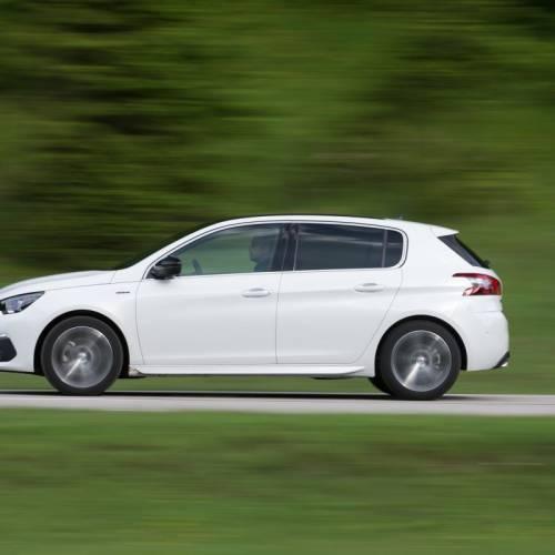 Peugeot 308 2017: primera prueba y precios del superventas de Peugeot