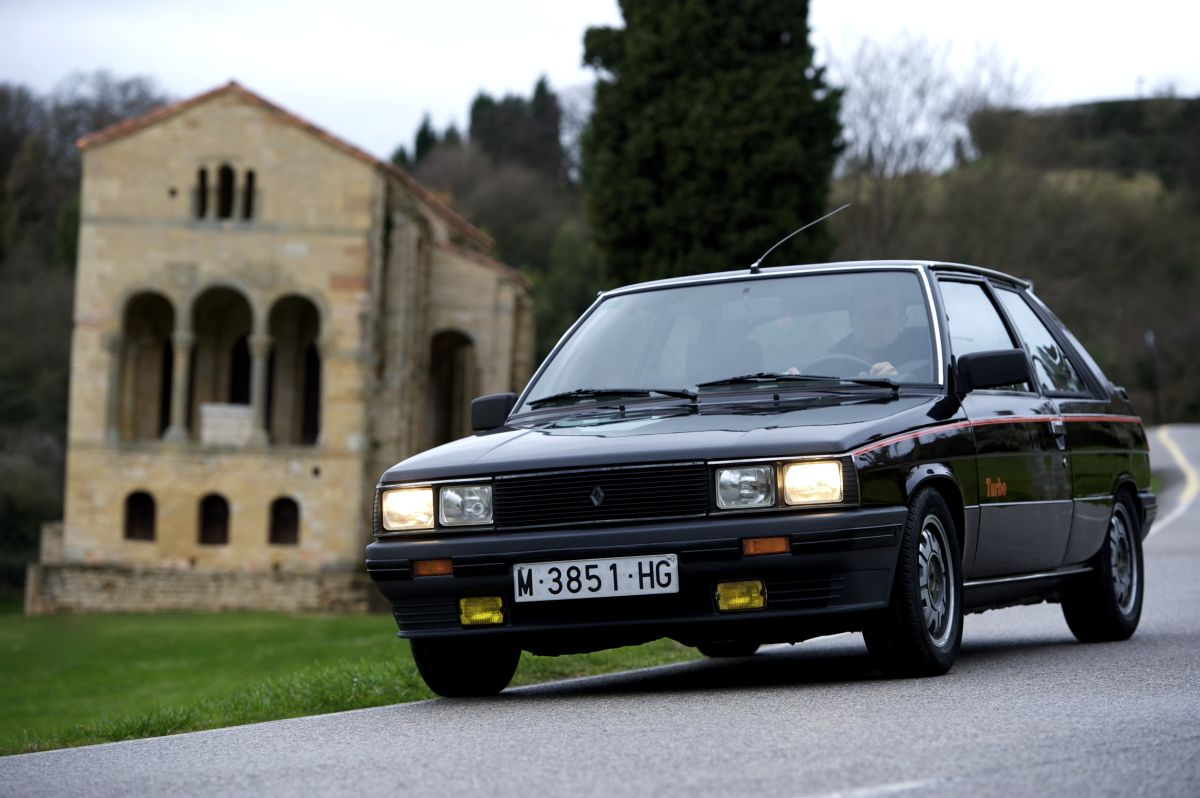 Renault 11 Turbo frontal