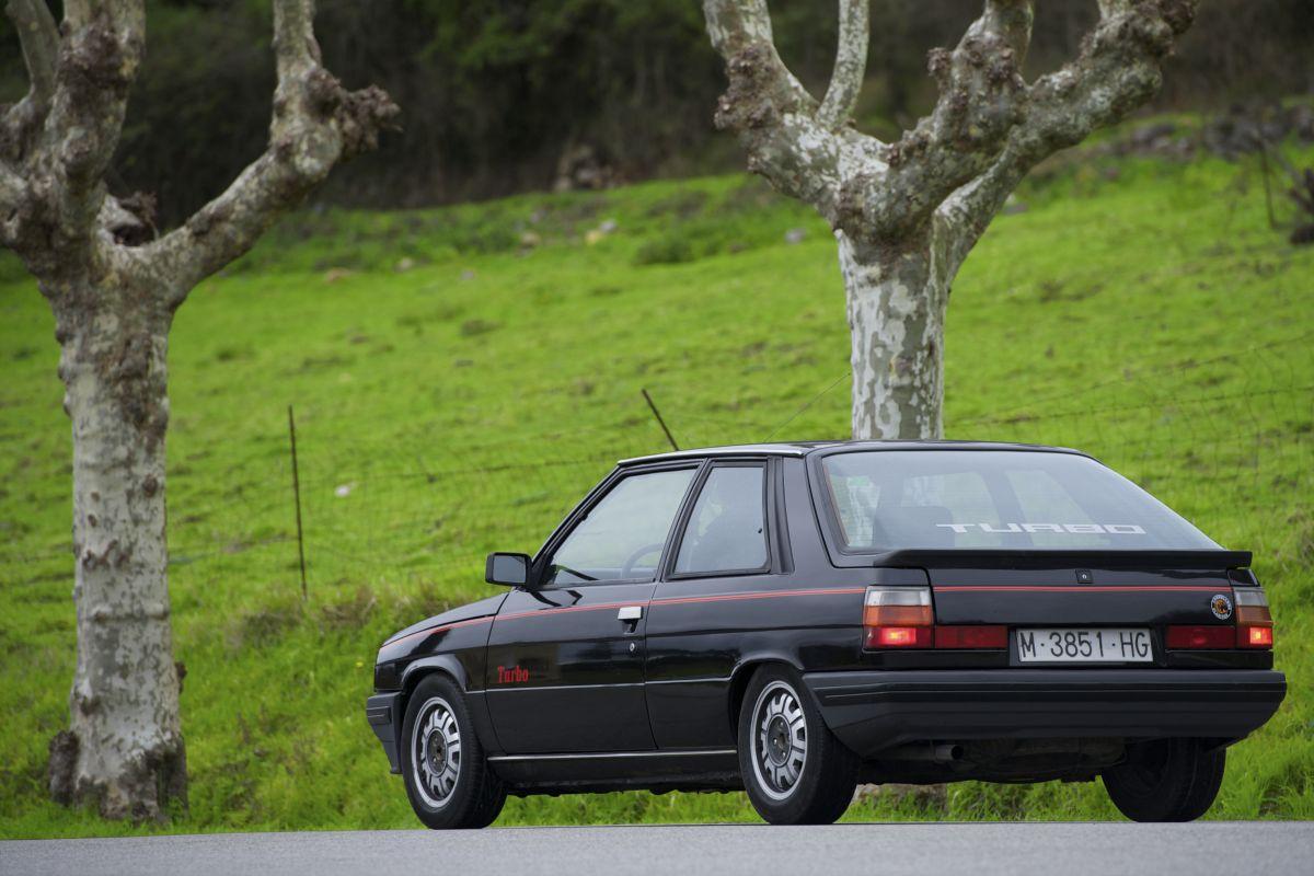 Renault 11 Turbo trasera
