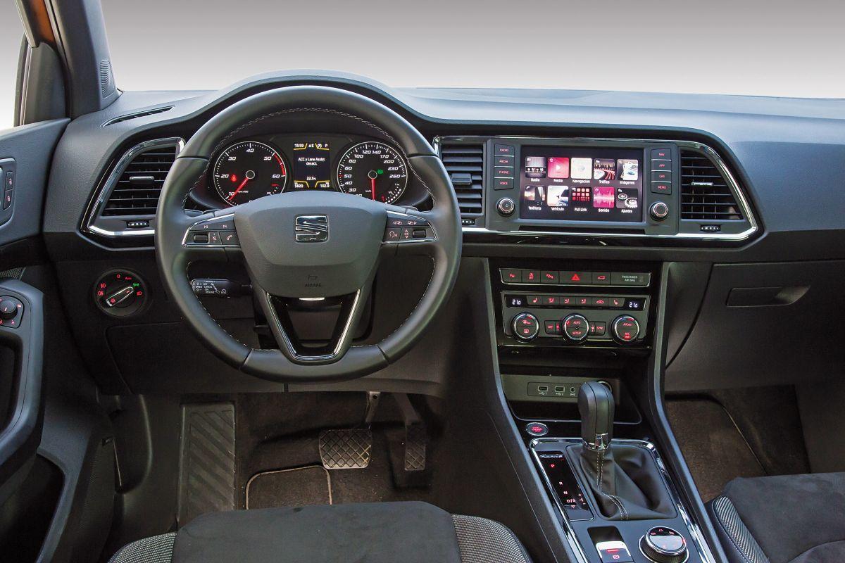 SEAT Ateca 2.0 TDI 190 CV salpicadero