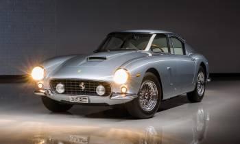 Una colección de 13 Ferrari a subasta, ¿cuál prefieres?