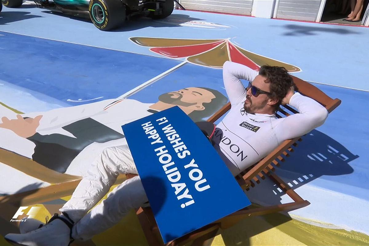Doblete de Ferrari en Hungría en una carrera en la que han brillado los españoles (fotos)