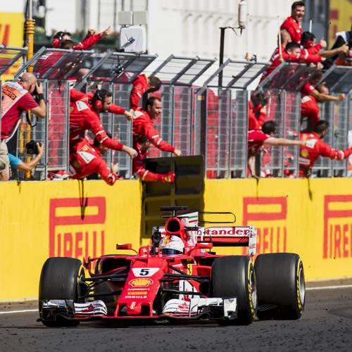 Doblete de Ferrari en Hungría en una carrera en la que han brillado los españoles