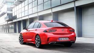 Opel Insignia GSi: tracción total y 260 CV