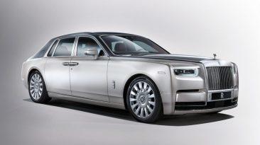 Rolls-Royce Phantom VIII delantera