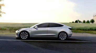 fallos del Tesla Model 3 lateral