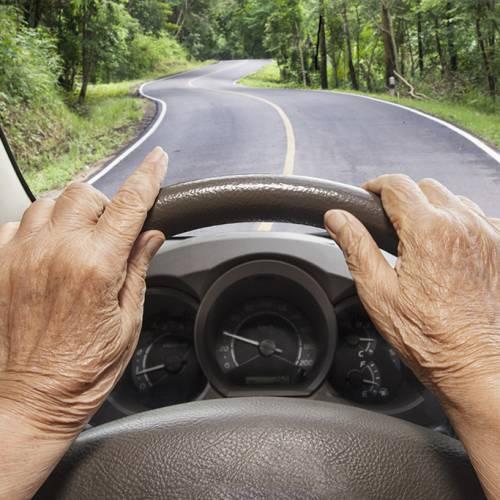 Una anciana iba a 238 km/h porque no podía dormir