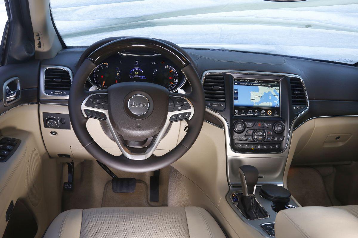 Jeep Grand Cherokee 3.0 V6 D salpicadero