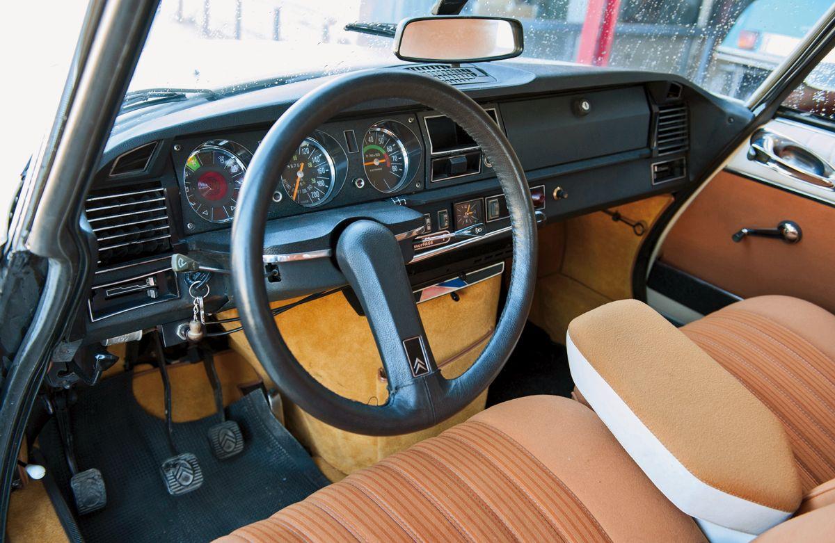 Citroën D Super 1974 volante