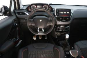 Peugeot 2008 1.6 BlueHDI 120 CV