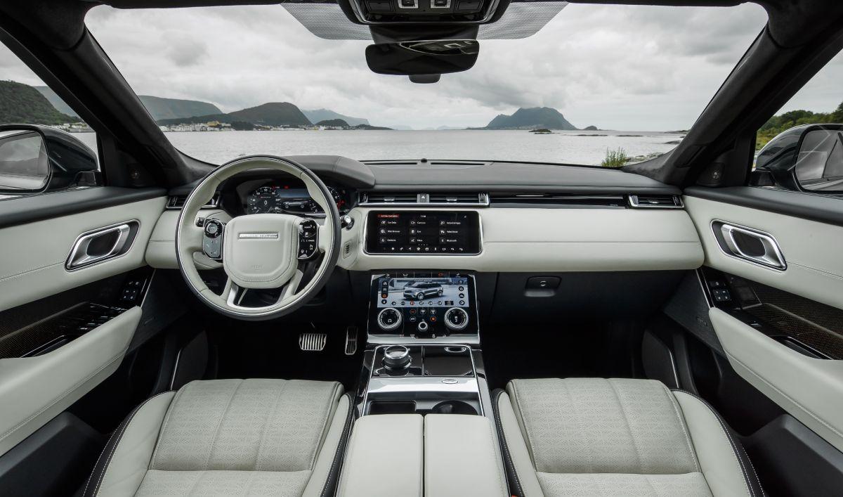 Range Rover Velar 2017 salpicadero