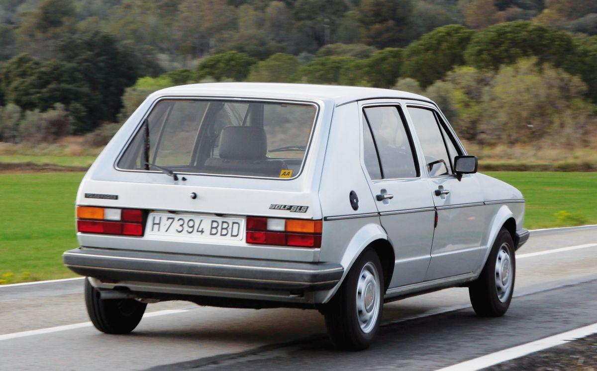 Volkswagen Golf MKI 1.5 GLS trasera