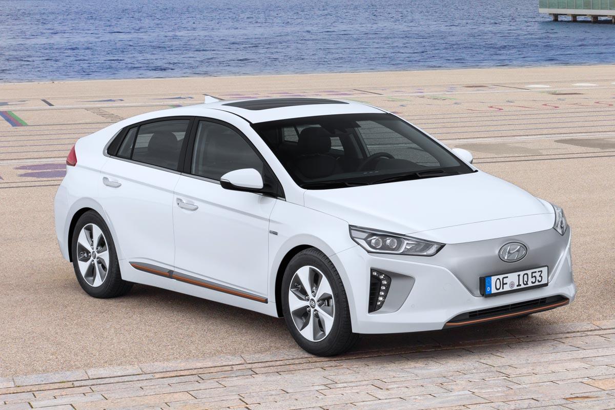 Hyundai IONIQ mejores ofertas coches agosto 2017