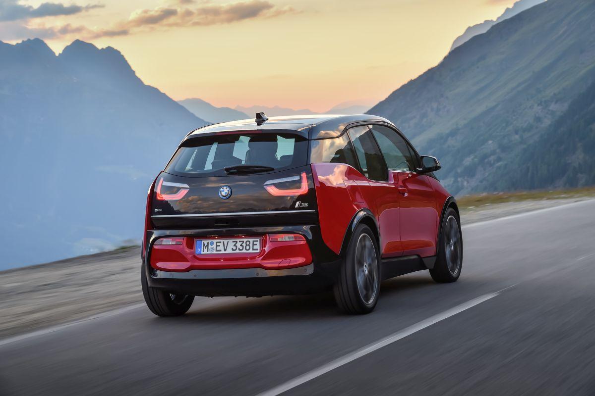 BMW i3s 2018 trasera