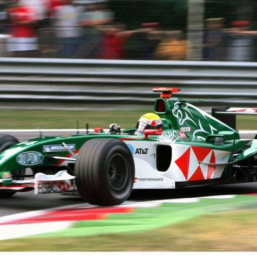 Vídeo: así se destroza un Jaguar de Fórmula 1