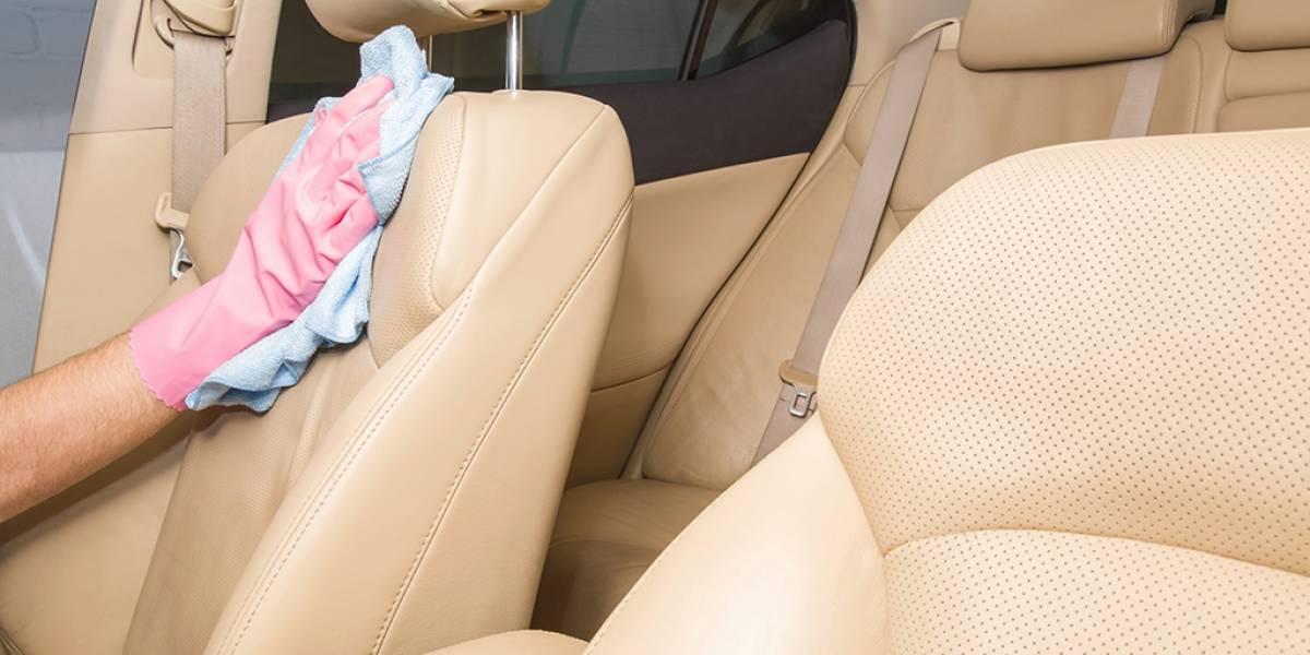Tapicería del coche impoluta: trucos para limpiarla y que parezca nueva